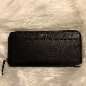 Fossil Tiegan Black Leather Wallet Clutch NWT Box